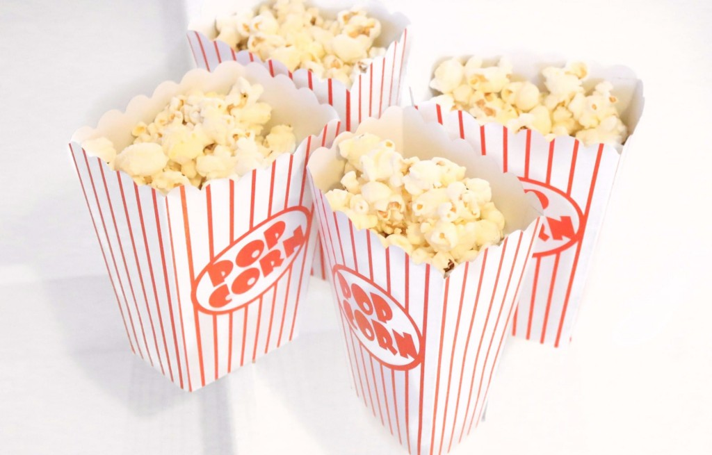 How To Host A Family Movie Night!
